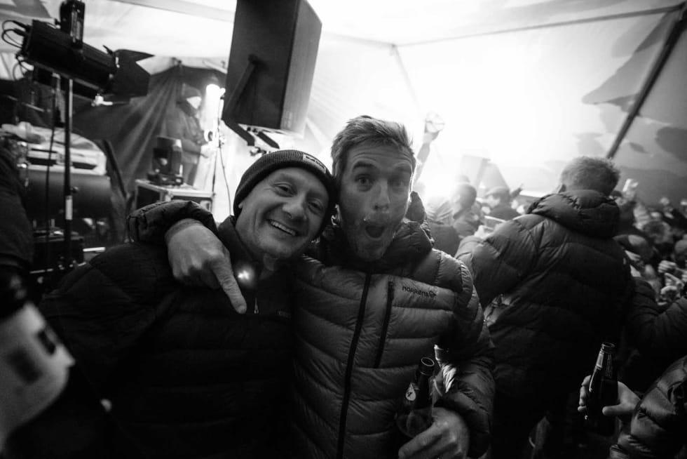 Dunjakke-disko med DJ-Oskar. Foto: Martin I. Dalen