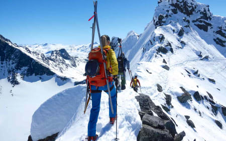 Guidede toppturerer Hight Camp Sunnmøre. Foto: Johan Wildhagen